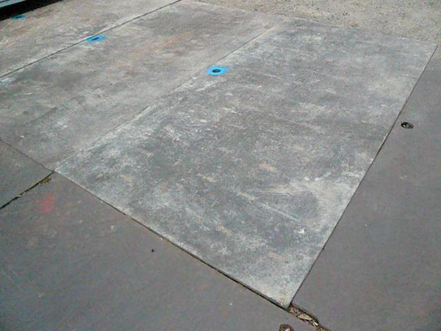 敷き例4 敷き鉄板リース|敷鉄板(敷き鉄板)、建設資材の運搬なら東栄機工 敷鉄板(敷き鉄板)、建